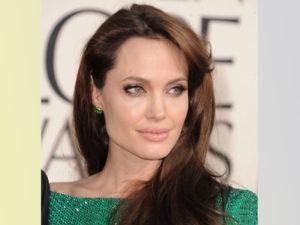 Как Анджелина Джоли активизирует свою Символическую звезду Благородный Человек